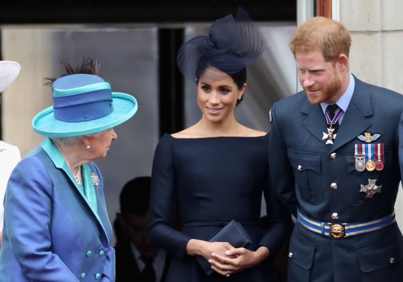 Питер Хант для The Spectator: Монархия подвела Гарри и Меган.