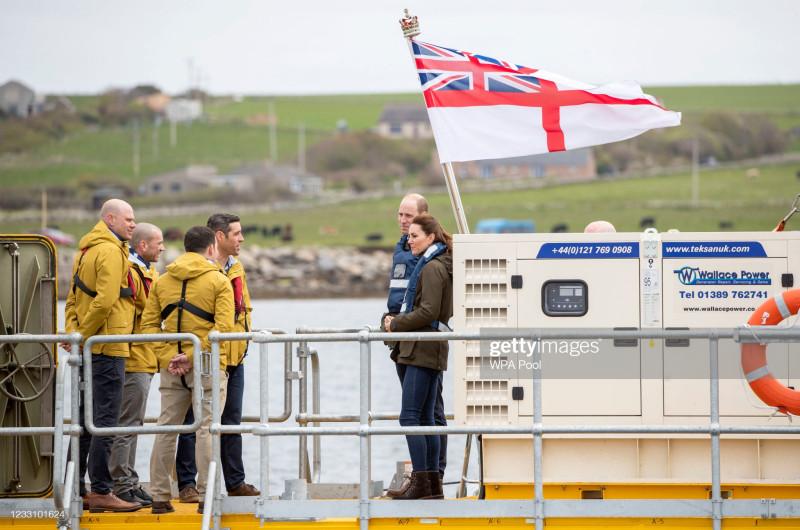 Поездка в Шотландию герцога и герцогини Кембриджских: день пятый: Обновляется