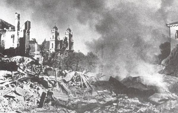 Ruiny-v-upor-162