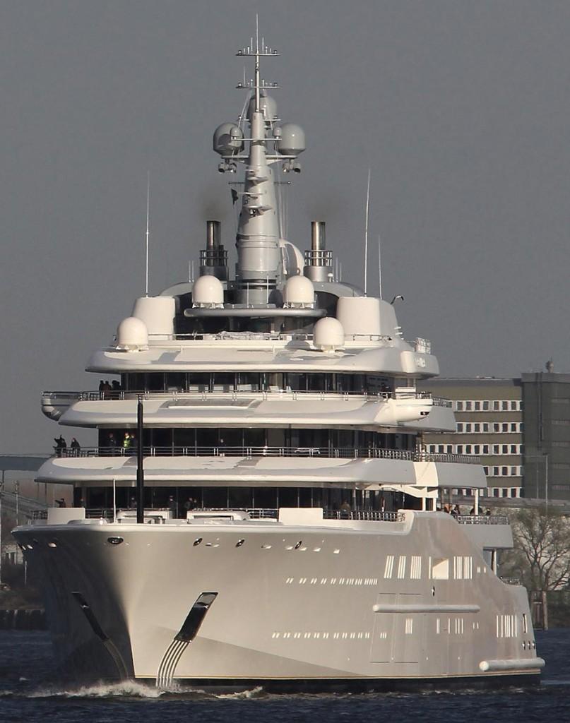 Эклипс-яхта-807x1024.jpg