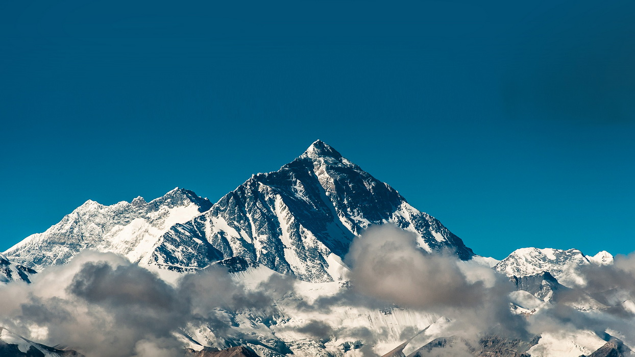 papers_co-mr55-snow-solo-mountain-high-nature-35-3840x2160-4k-wallpaper.jpg