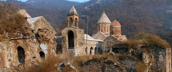 Монастырь Дадиванк, 1214 г.