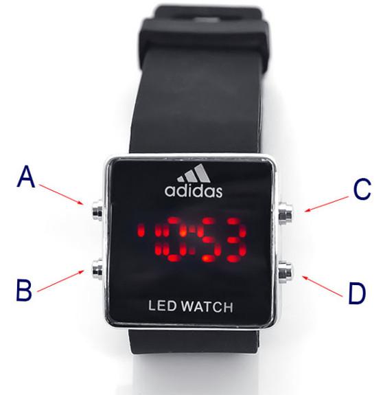 Для того чтобы войти в режим настройки времени и даты, достаточно нажать на правую нижнюю кнопку, расположенную сбоку часов.