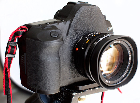 Canon-EOS-5D-Mark-II-with-Noctilux-50-f1.0-lens