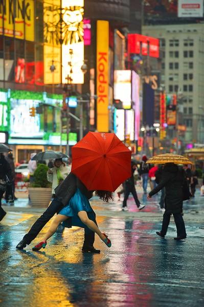 Times Square, NYC - Michael Jagger and Evita Arce