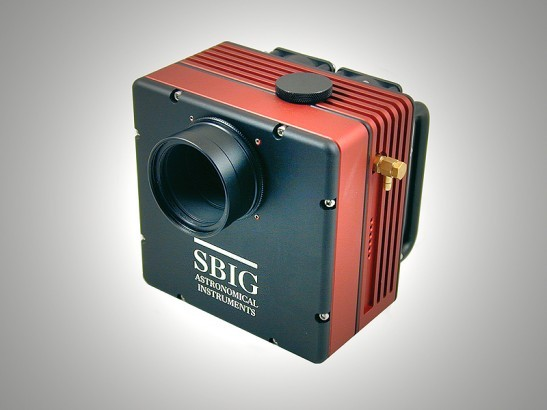 SBIG STT-8300 cooled CCD astrocamera