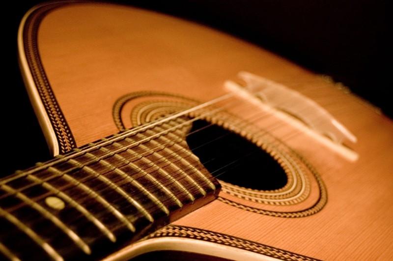Portuguese_Guitar_Variations_(479129306).jpg