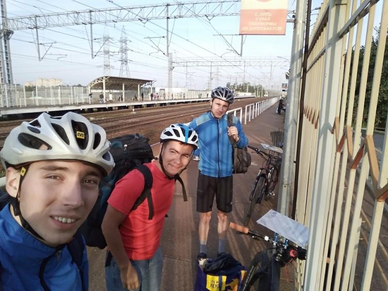 На станции Планерная (я, Паша, Антон)