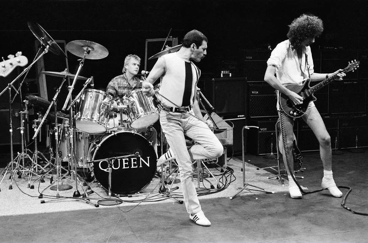 Rock group Queen performing on stage rehearsals for Live Aid at the Shaw Theatre, Euston. 10th July 1985. (Image: Mirrorpix)