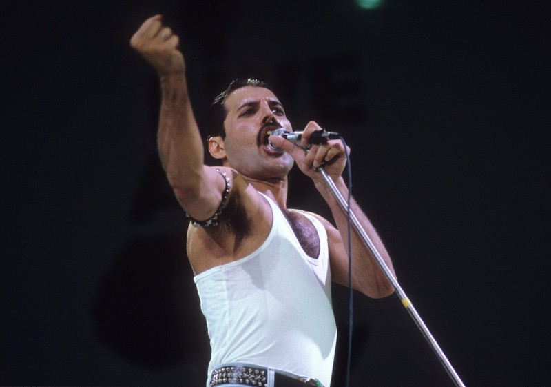 Queen frontman Freddie Mercury performs at the Live Aid show. (Neil Leifer/Sports Illustrated/Getty Images)