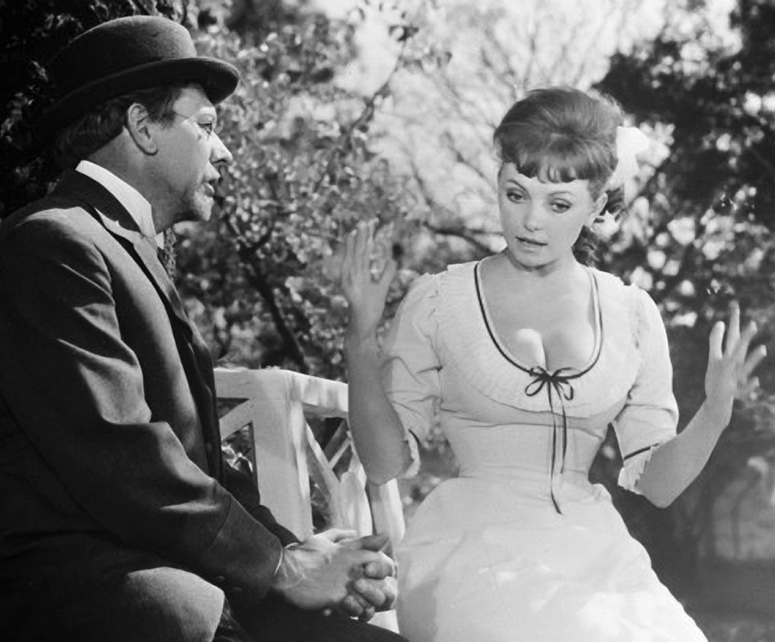 «В городе С.» (кадр из фильма, 1966)