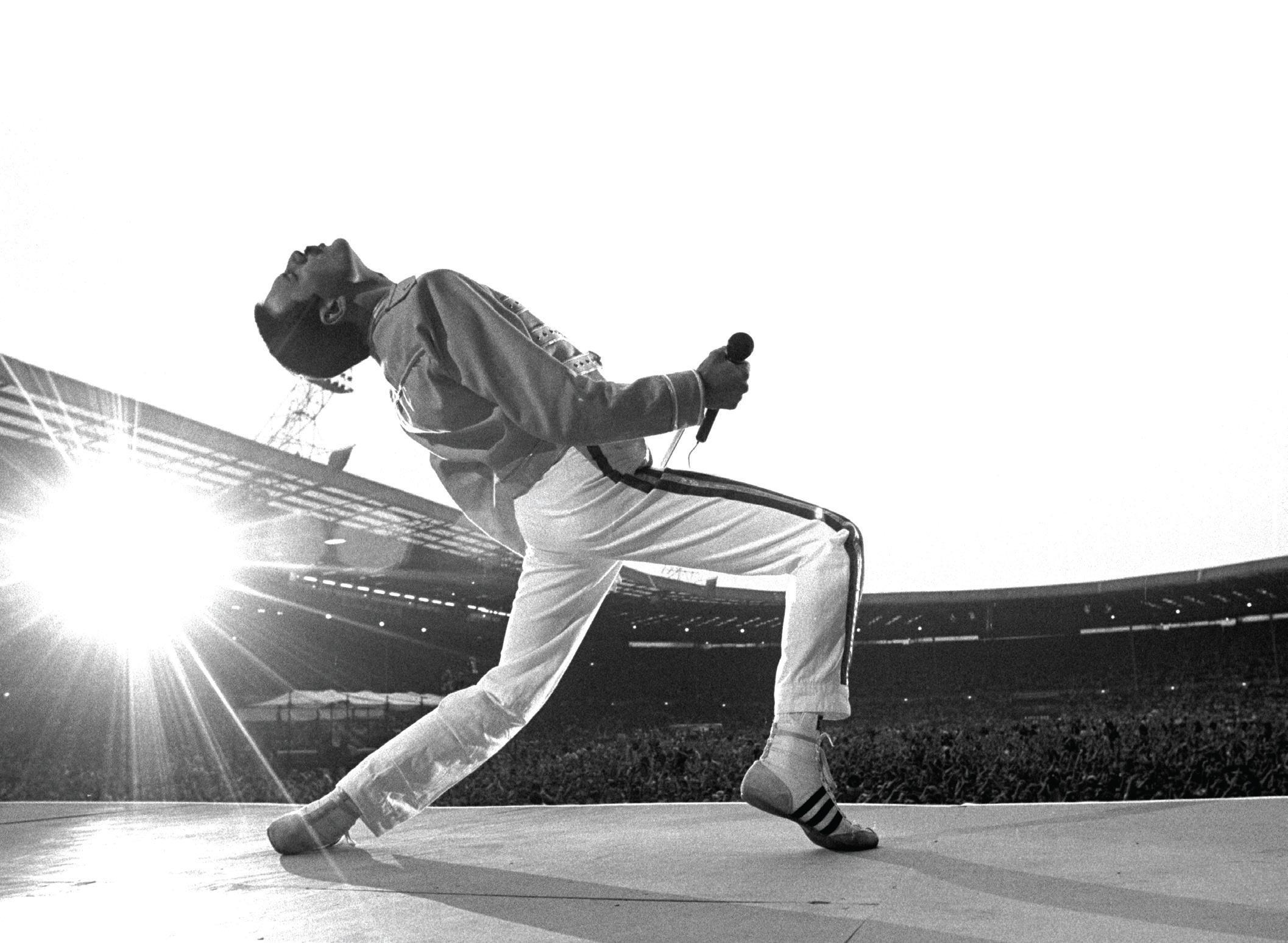 Фредди Меркьюри на Wembley Stadium, июль 1986 (photo © Neil Preston)