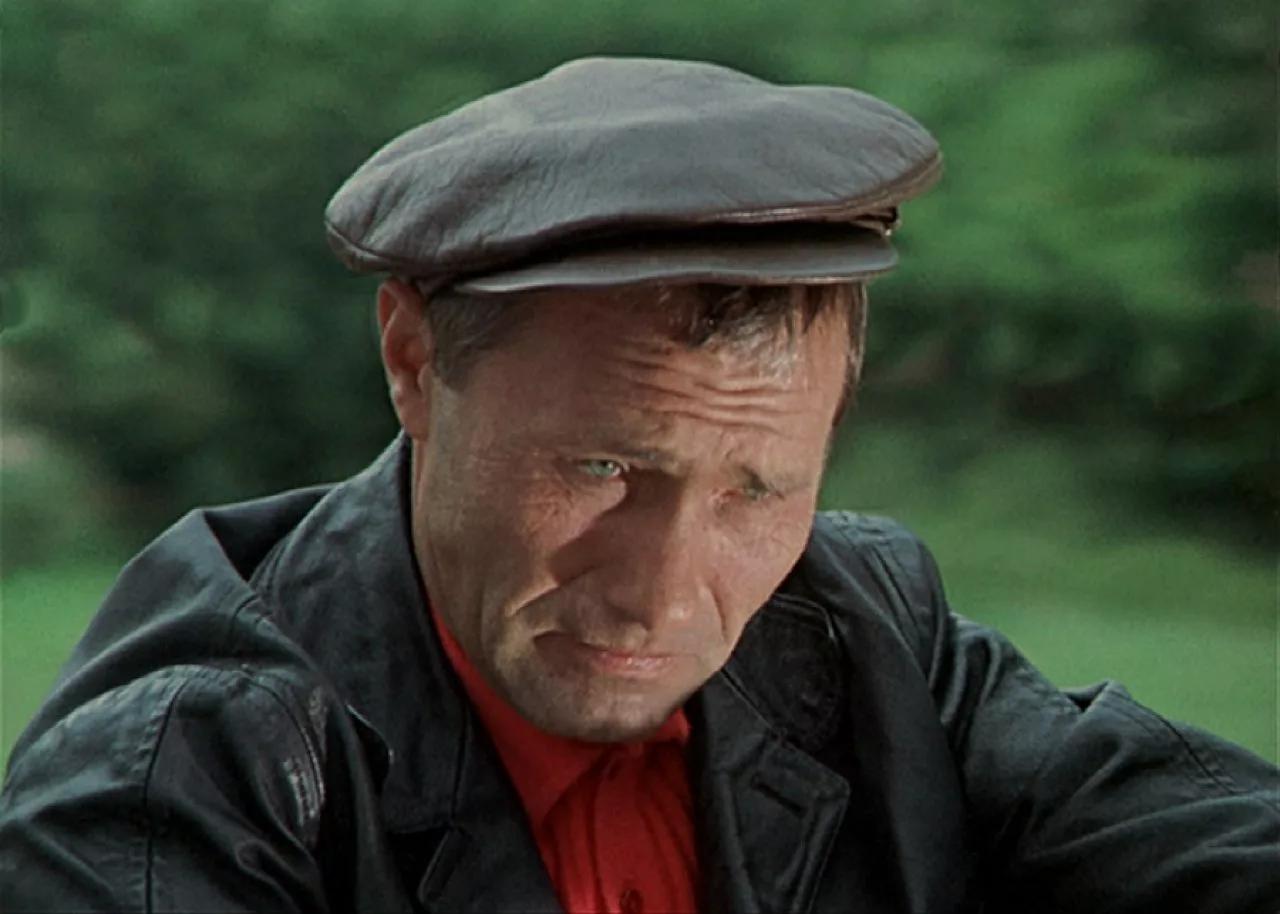Здесь и далее: кадры из фильма «Калина красная» (1973)