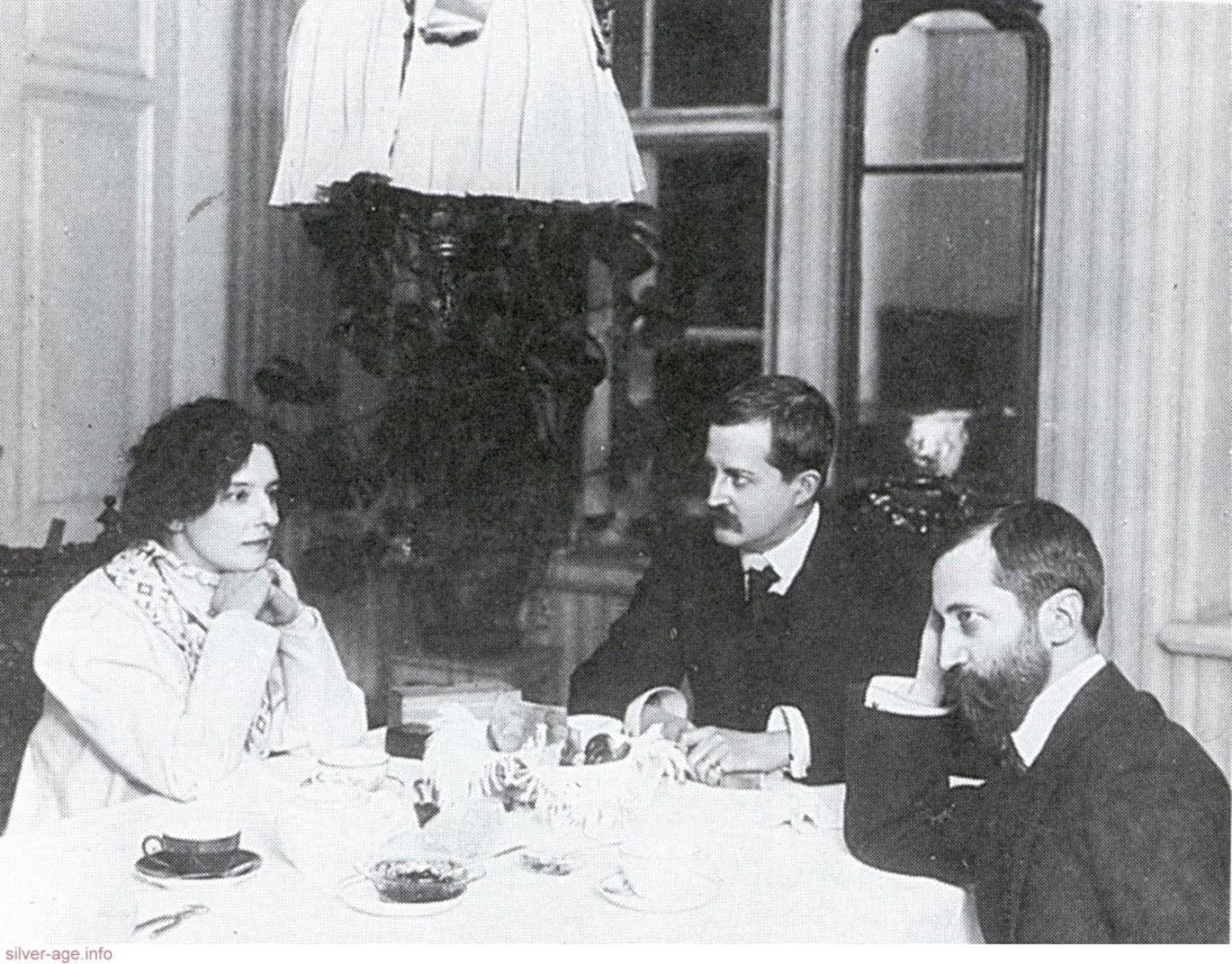 Зинаида Гиппиус, Дмитрий Философов, Дмитрий Мережковский. Санкт-Петербург, 1900-е годы