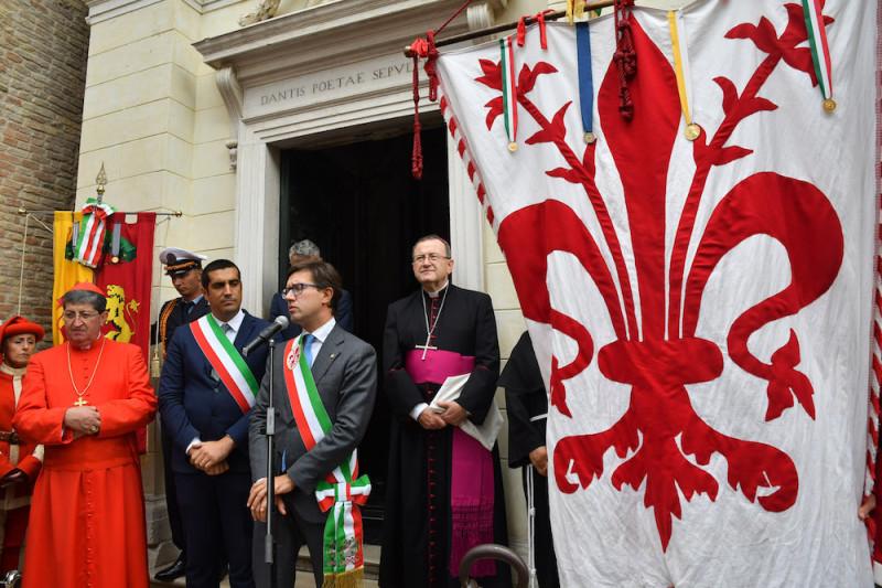 Торжественная церемония передачи масла для лампады над гробницей Данте (Равенна, 8 сентября 2019 года)