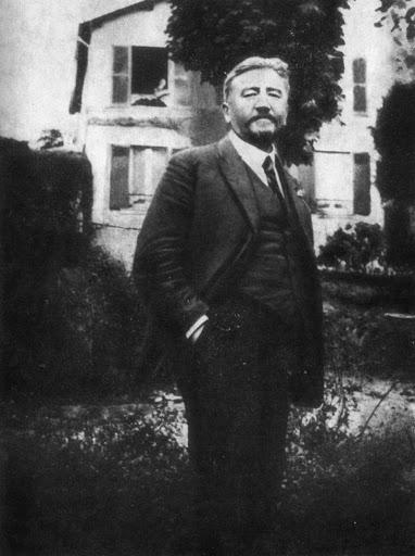 Куприн в пригороде Парижа, 1922 год.