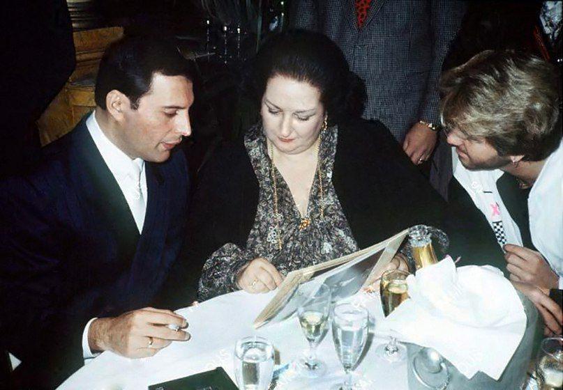 Фредди Меркьюри, Монтсеррат Кабалье и Джордж Майкл на презентации альбома Barcelona в Ковент-Гарден, 9 октября 1988 года