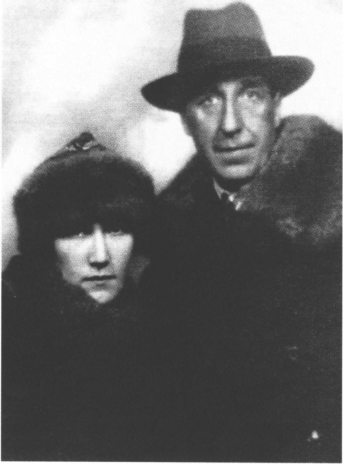 Игорь Северянин с единственной официальной женой Фелиссой Круут, 1928 год. Источник фото: www.poet-severyanin.ru