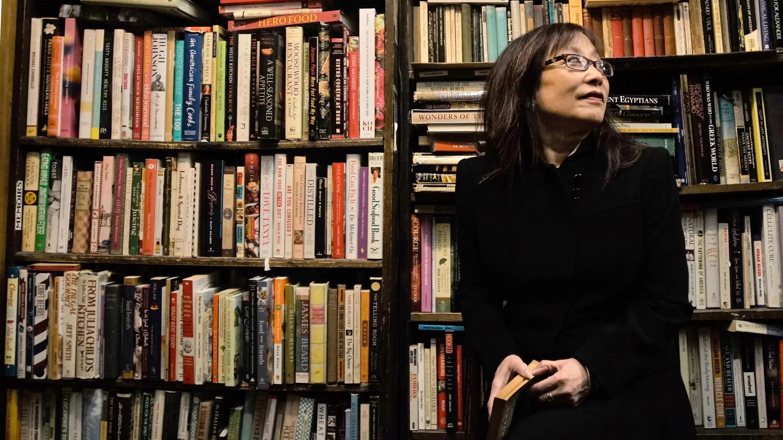 Книга — лучший подарок: 6 книг, которые советует дарить на Рождество Опра Уинфри