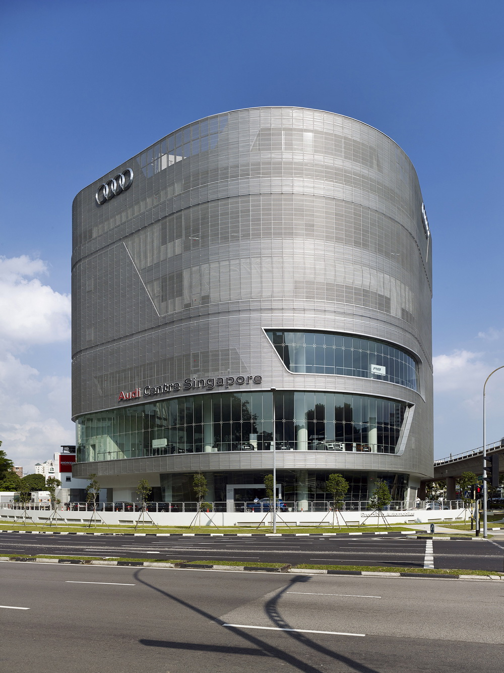 5450772fe58ecef8130001e2_audi-centre-singapore-ong-ong-pte-ltd_audi018_resize