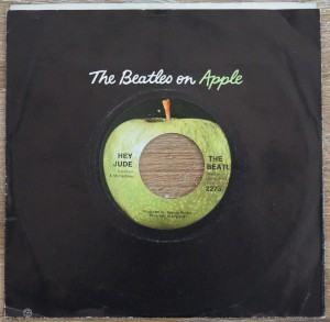 The Beatles - Hey Jude The Beatles on Apple.JPG