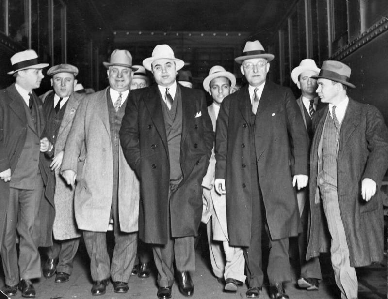Al Capone Аль Капоне.png