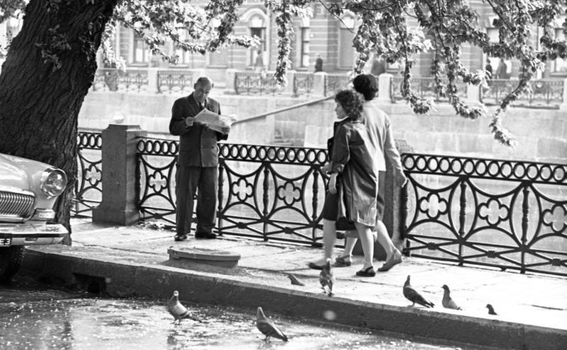Читающий Ленинград 1960 9.jpg