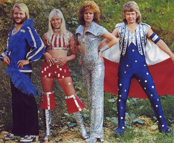 Костюмы группы ABBA 7.jpg