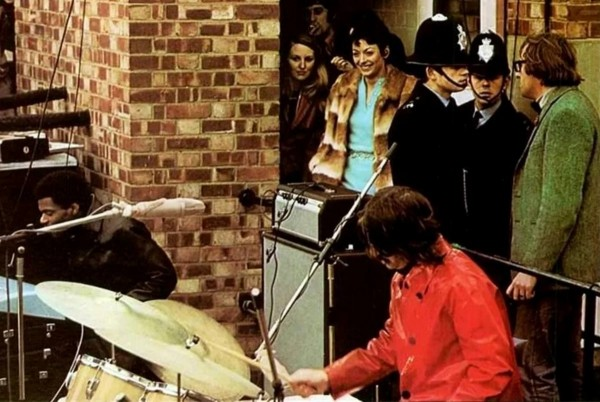 The Beatles - концерт на крыше Били Престон 3.jpg