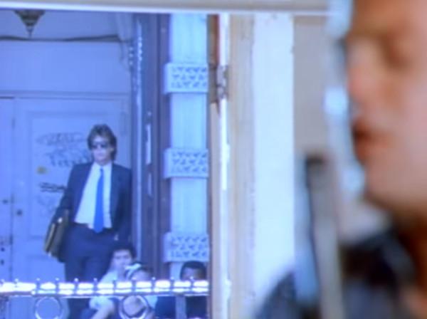 Пол Маккартни в клипе A Matter of Trust Billy Joel.jpg