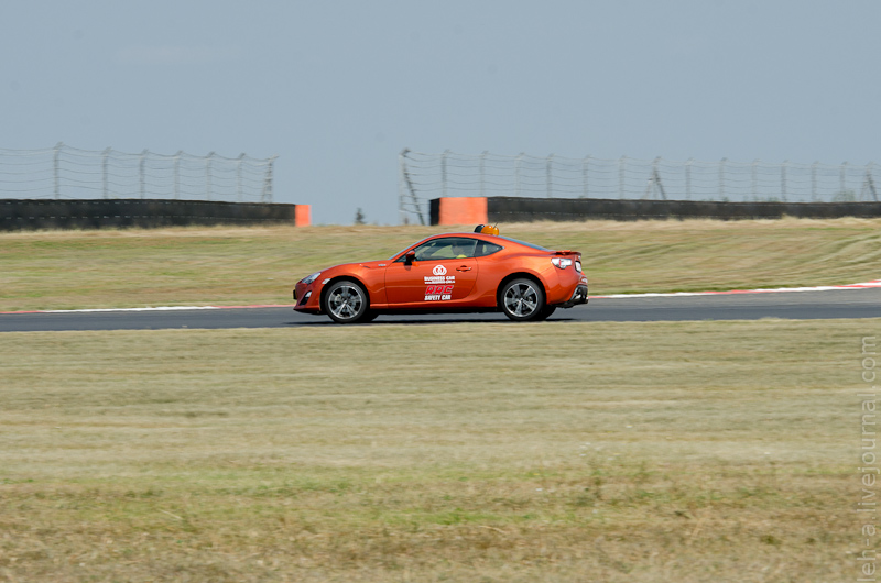 Toyota GT86 safety car