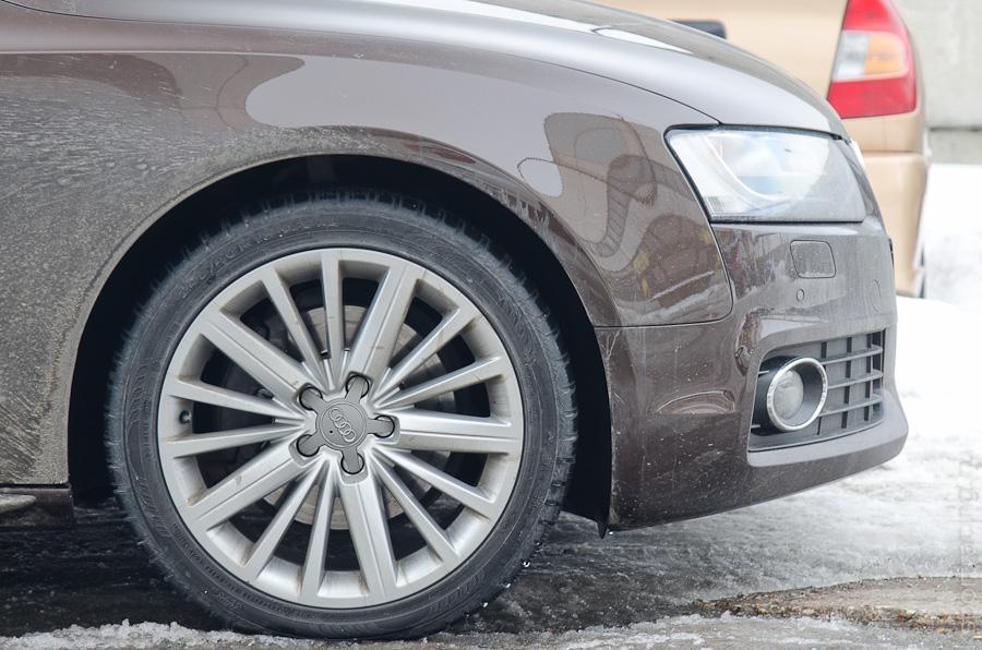 Audi A5 со стоковыми тормозами