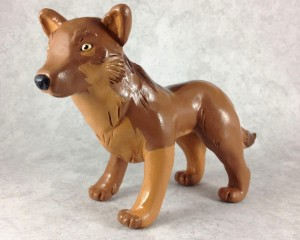 kuma_the_wolf_sculpture_by_leiliakimozoku-d4y2odl