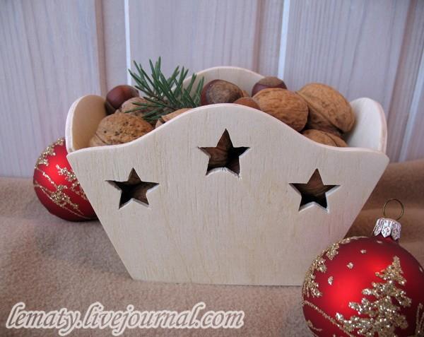 вазочка для орехов