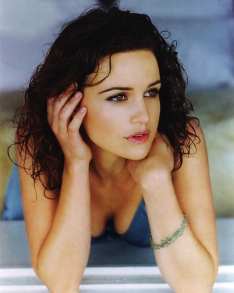 2003 Carla Gugino - Emmy Magazine