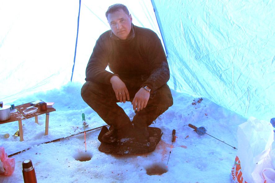 Сергей днём в шатре А6нет