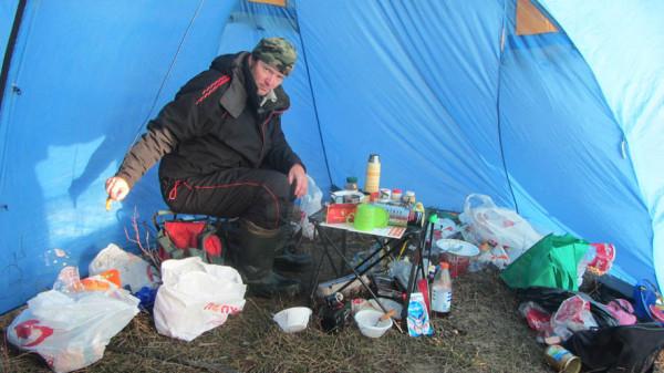 12 Олег в шатре А6нет
