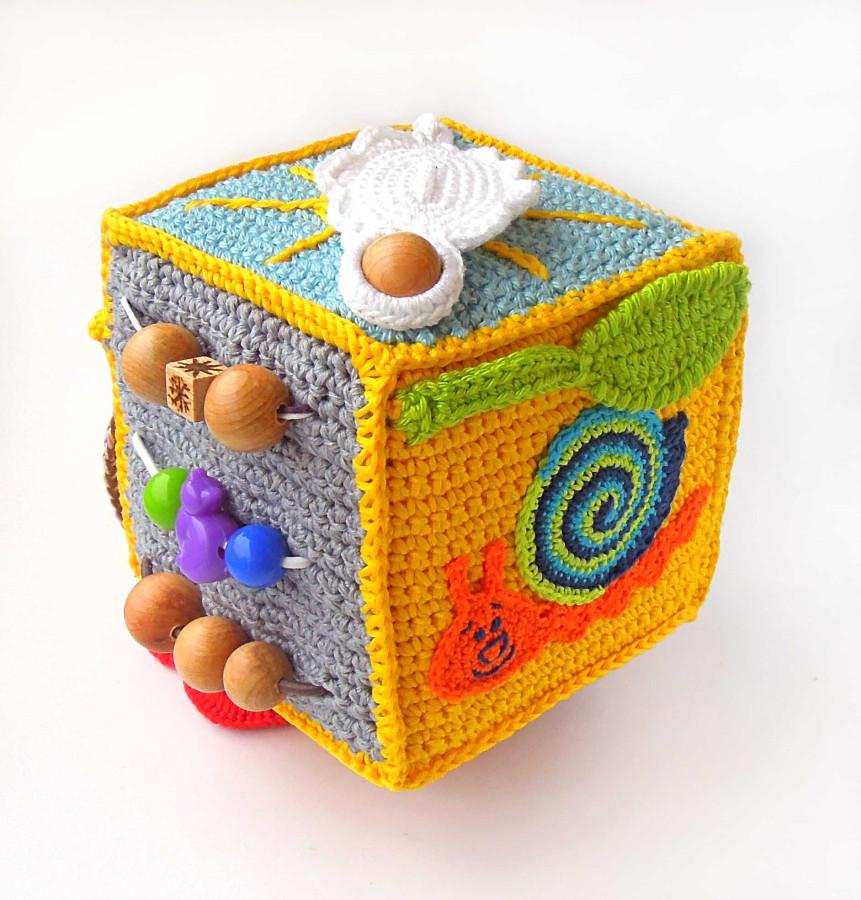 Связать кубик развивающий