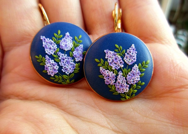 a83e53d53 My inspiration for these piece of jewelry was beautiful lilac flowers.  Every little petal is carefully placed in its place. In reality, all the  details are ...