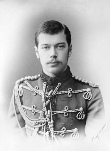 Николай II vs. Ленин. Житейские детали