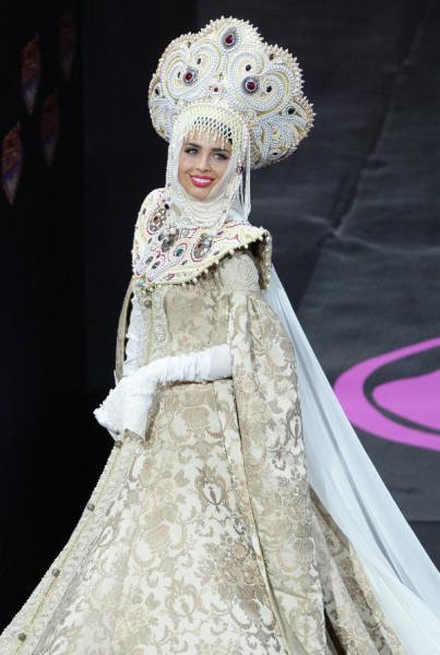 конурсантка мисс Вселенная 2013 Эльмира