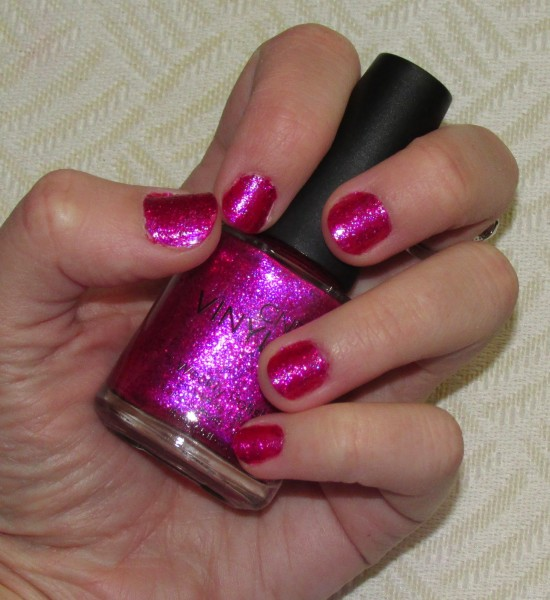 CND Vinylux Butterfly Queen #190 Swatch_nax