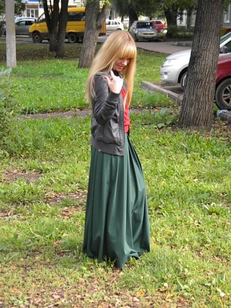 Девочка пизда под юбкой фото 505-764