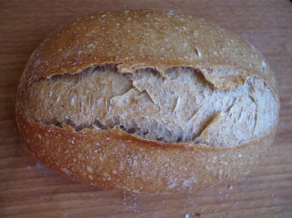 хлеб выпеченный с паром под тазиков