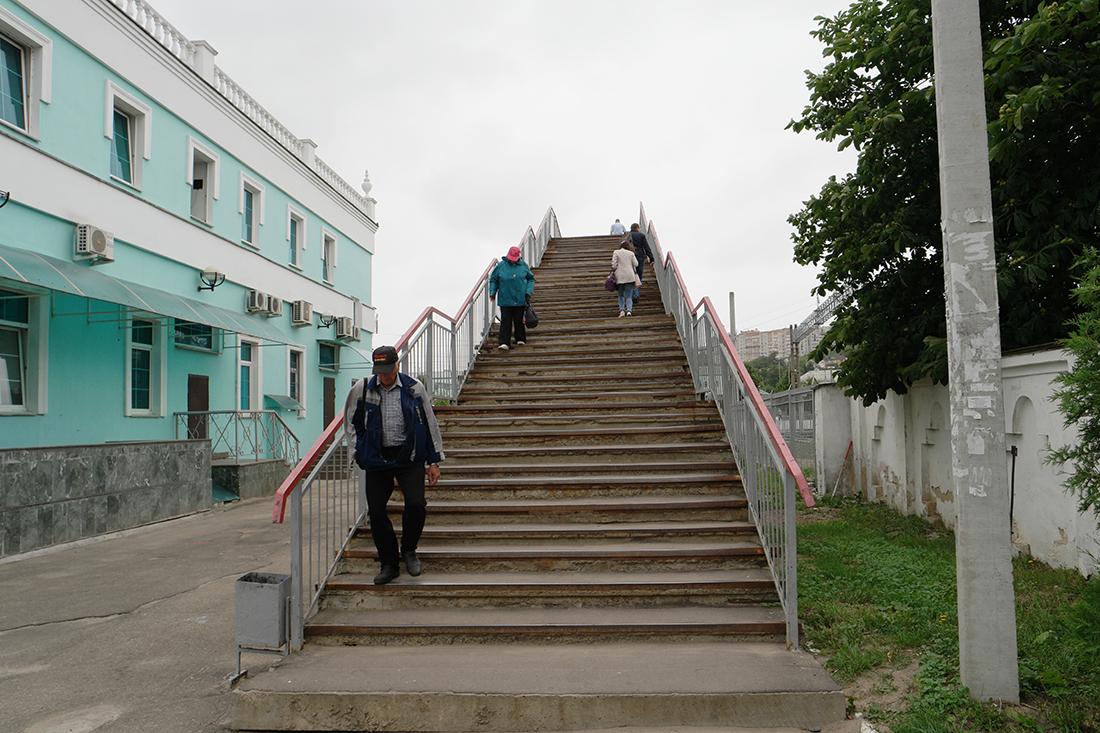 Как нас не пустили в вокзал в Смоленске