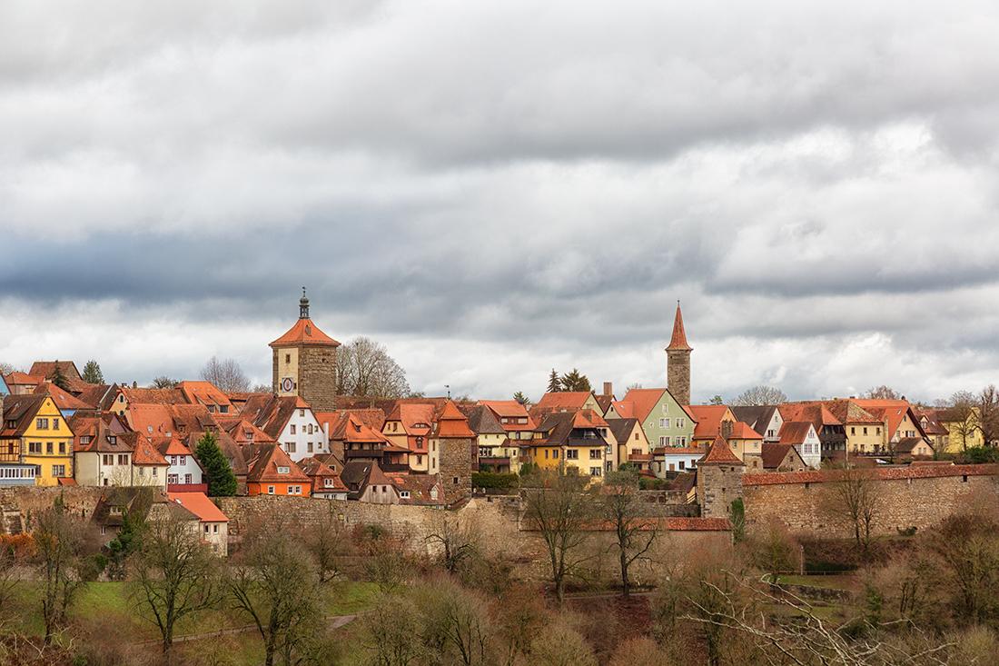 Панорамный вид с крепостной стены на Ротенбург-на-Таубере