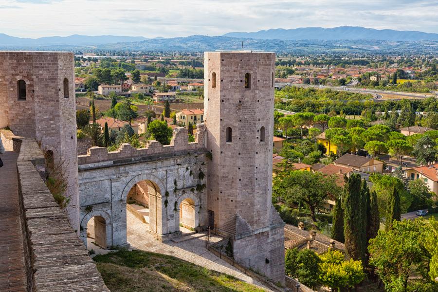 Спелло, Умбрия, Италия. Ворота Венеры