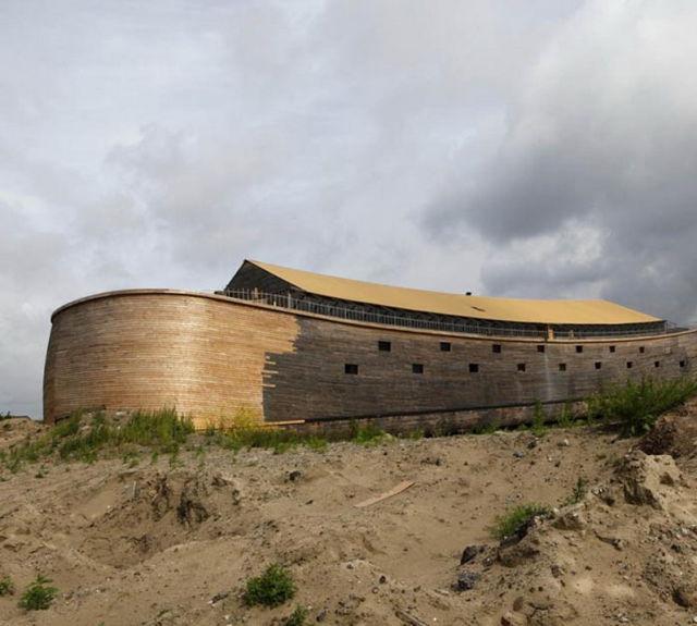a_homebuilt_modern_day_noahs_ark_640_14