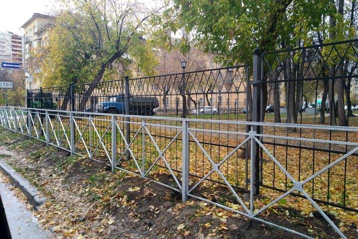 Забор перед забором установили в Новосибирске.jpeg