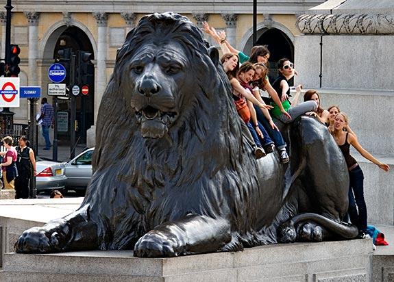 Англия лев